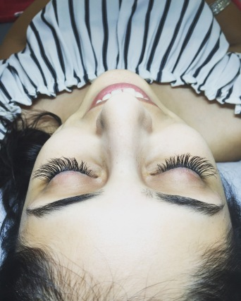 "Long Length Classic Lash Extensions ""Cat Eye"" Shape"