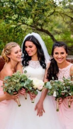Veronica and her bridesmaids